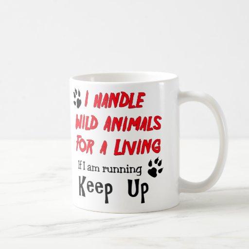 Manejo los animales salvajes para la vida de A Taza De Café