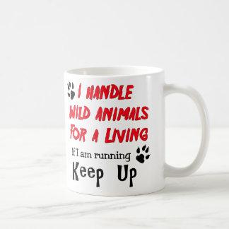 Manejo los animales salvajes para la vida de A Taza Clásica