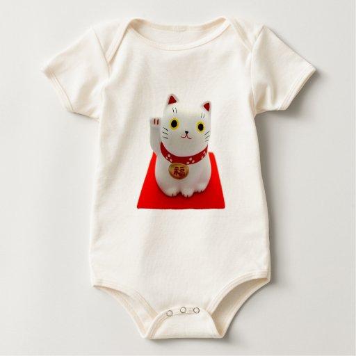 Maneki blanco Neko en una alfombra roja Body Para Bebé