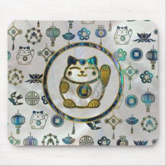 Maneki Neko Lucky cat on  pearl and abalone Mouse Pad