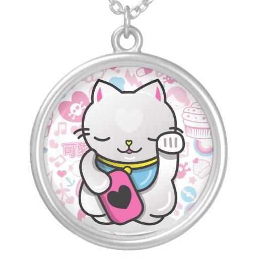 maneki neko round pendant necklace