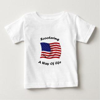manera scootering americana de blanco de la vida camiseta