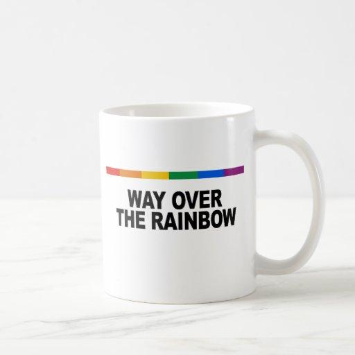 Manera sobre el arco iris taza básica blanca