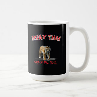 Manera tailandesa de Muay de la taza del negro del