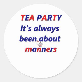 Maneras de la fiesta del té pegatina redonda