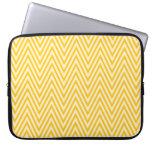 Manga amarilla y blanca del ordenador portátil del funda ordendadores