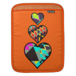 Manga anaranjada del iPad de los corazones tribale Fundas Para iPads