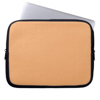 Manga anaranjada en colores pastel del ordenador p mangas portátiles