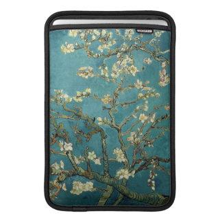 Manga de aire de Macbook del flor de la almendra Funda Para Macbook Air