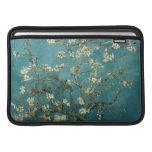 Manga de aire de Macbook del flor de la almendra Fundas MacBook