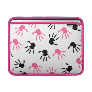Manga de aire rosada y negra de Handprints Macbook Fundas Para Macbook Air