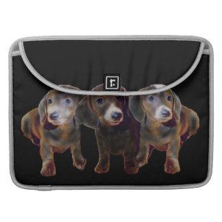 Manga de la aleta del carrito de tres perros del D Funda Para Macbooks