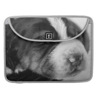Manga de MacBook Pro del perrito del Coonhound Funda Para Macbook Pro