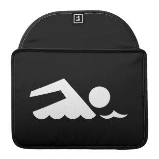 Manga de MacBook Pro del pictograma del nadador Funda Para Macbook Pro