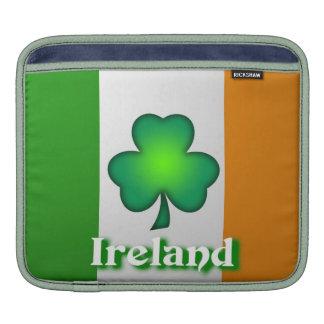 Manga del carrito de la bandera de Irlanda Fundas Para iPads