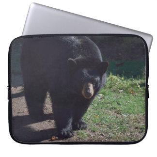 Manga del ordenador portátil del oso negro fundas computadoras