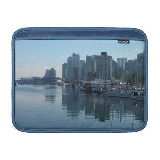 Manga del recuerdo del paisaje urbano de Vancouver Funda MacBook