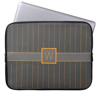 Manga gris y anaranjada del ordenador portátil de manga portátil