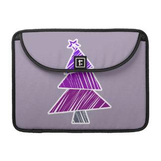 Manga incompleta púrpura del árbol de navidad funda para macbook pro