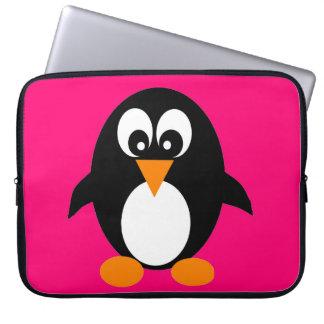 Manga linda del ordenador portátil del pingüino fundas computadoras