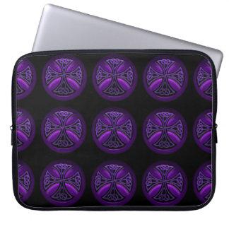 Manga negra y púrpura del ordenador portátil del mangas computadora