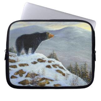 Manga pasada del ordenador portátil del oso negro  fundas portátiles