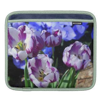 Manga púrpura del carrito de los tulipanes funda para iPads