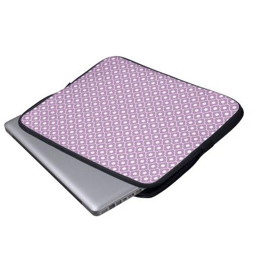 Manga púrpura del ordenador portátil del modelo de manga computadora