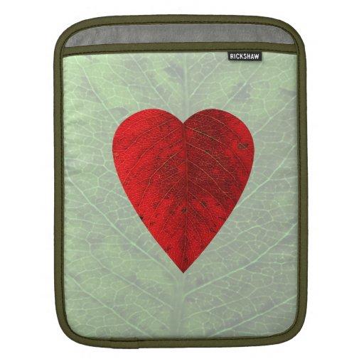 Manga roja del iPad de la hoja del corazón Fundas Para iPads