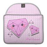 Manga rosada 2 de Macbook de los diamantes Fundas Para Macbook Pro