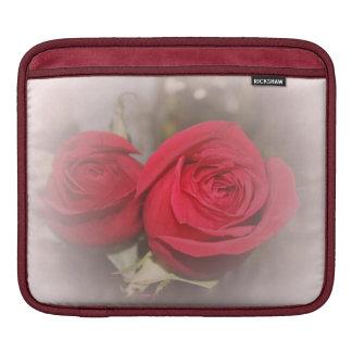 Manga suave del carrito de los rosas funda para iPads