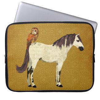 Manga violeta del ordenador del caballo y del búho mangas computadora