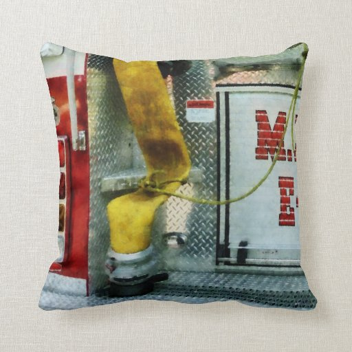 Manguera de bomberos amarilla almohadas