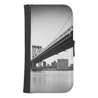 Manhattan Bridge and skyline, New York, US. Wallet Phone Case For Samsung Galaxy S4