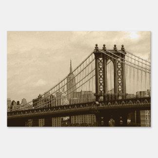 Manhattan Bridge Lawn Signs