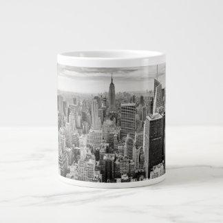 Manhattan desde arriba taza grande