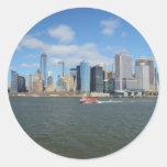 Manhattan en la distancia etiquetas redondas