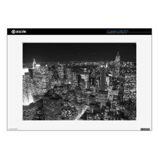 Manhattan negra y blanca calcomanías para portátiles
