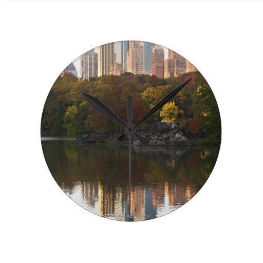 Manhattan Skyline 2 Round Clock