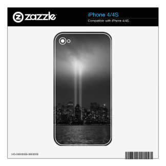Manhattan Skyline Decals For The iPhone 4S