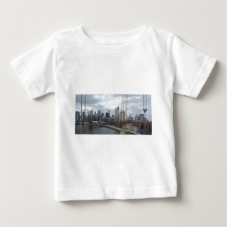 Manhattan skyline New York Tee Shirts