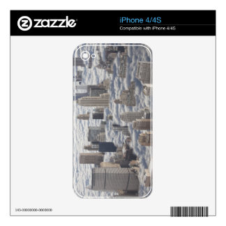 Manhattan Under Cloudy Sky Decal For The iPhone 4