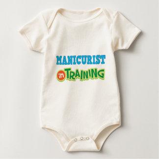 Manicuro en el entrenamiento (futuro) traje de bebé