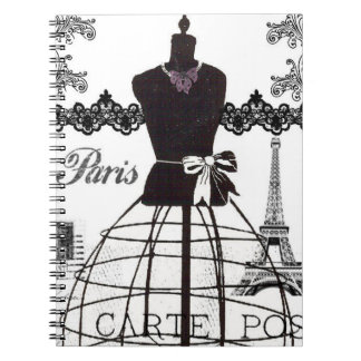 Maniquí blanco negro de la moda de París Spiral Notebooks