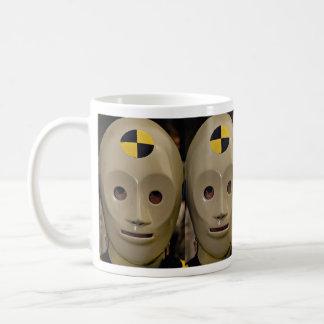 Maniquí de la prueba del desplome taza de café