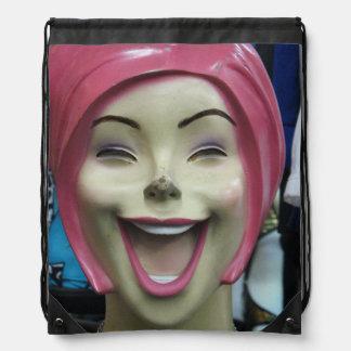 Maniquí de risa enojado mochilas