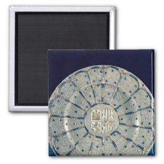 Manises dish, bearing the arms 2 inch square magnet