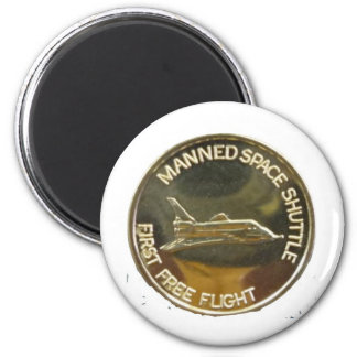MANNED SPACE SHUTTLE FIRST FREE FLIGHT 2 INCH ROUND MAGNET