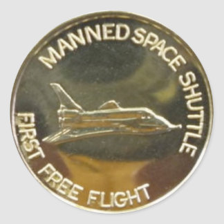 MANNED SPACE SHUTTLE FIRST FREE FLIGHT CLASSIC ROUND STICKER