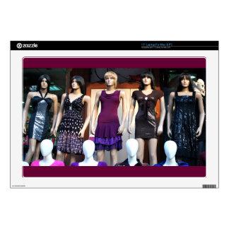 Mannequin Queens Laptop Skin